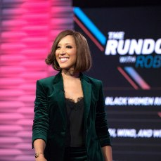 """The Rundown with Robin Thede"" episode 101. (Photo: Eric Liebowitz/BET)"